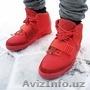 Кроссовки Nike Yeezy Kanney West с фосфорной подошвой