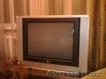 Телевизор LG 72 см. Флэтрон